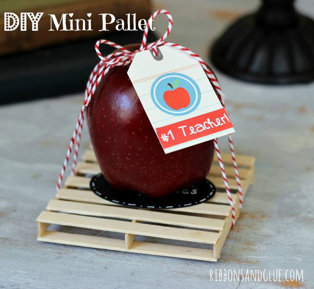 How to make a Mini Pallet with Popsicle sticks. Great Teacher Gift idea also to use a drink coaster.